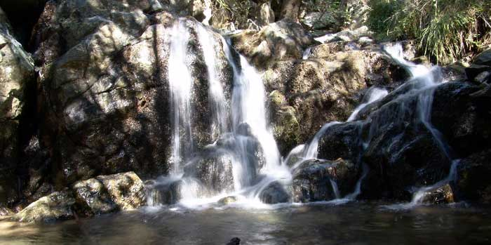 Экскурсии на Кипре водопад Миломери рыбалка